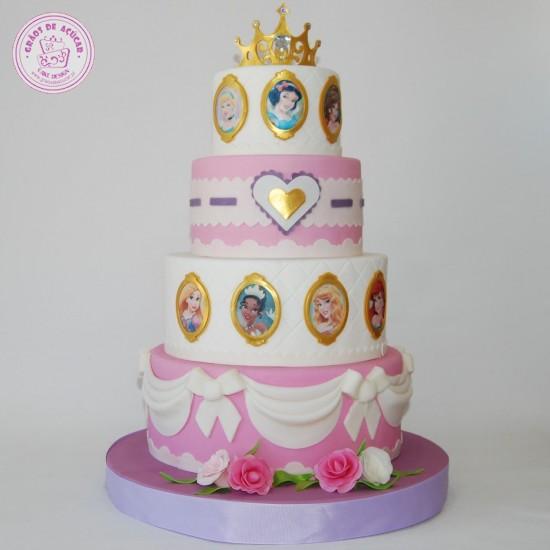Princesas Disney Coração - Grãos de Açúcar - Bolos decorados - Cake ... e7be9d3202